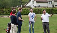 LEUSDEN - Groepsles Golf op de Hoge Kleij olv golfpro Robert van Kranen.  COPYRIGHT KOEN SUYK
