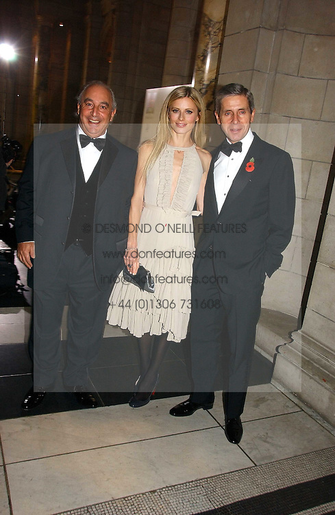 Left to right, PHILIP GREEN, LAURA BAILEY and STUART ROSE at the British Fashion Awards 2006 sponsored by Swarovski held at the V&A Museum, Cromwell Road, London SW7 on 2nd November 2006.<br /><br />NON EXCLUSIVE - WORLD RIGHTS