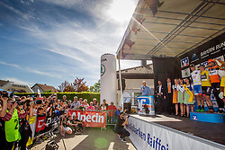 Radsport: 36. Bayern Rundfahrt 2015 / 3. Etappe, Selb - Ebern, 15.05.2015<br /> Cycling: 36th Tour of Bavaria 2015 / Stage 3, <br /> Selb - Ebern, 15.05.2015<br /> Siegerehrung - podium, <br /> # 131 Antonini, Simone (ITA, WANTY – GROUPE GOBERT), , Weisses Trikot mit gelben Punkten, bester Bergfahrer / Mountain Jersey, # 113 Bennett, Sam (IRL, Team BORA-ARGON 18), , Gelbes Trikot Gesamtfuehrender / Yellow Leader Jersey, # 162 Asselman, Jesper (NED, ROOMPOT), # 62 Koch, Jonas (GER, RAD-NET ROSE TEAM), , Weisses Trikot, bester Nachwuchsfahrer / White Junior Jersey