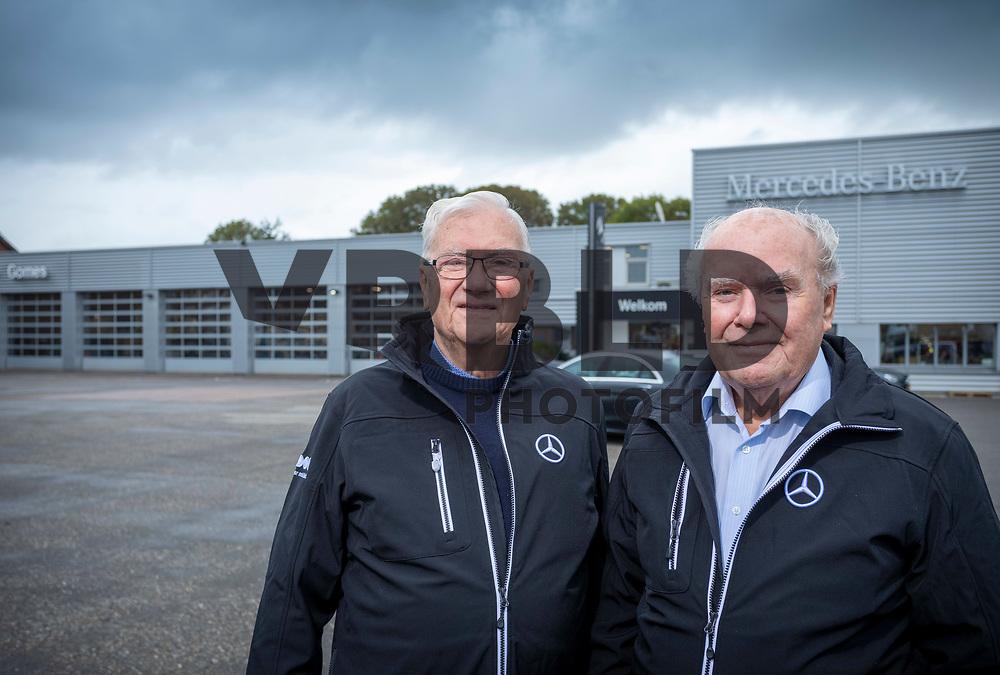 Piet en Tinus Gomes hebben ieder 85 jaar aan herinneringen aan het bedrijf dat hun vader oprichtte.