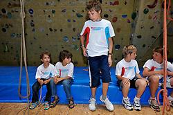 11-07-2011 ALGEMEEN: SPORTKAMP SNOWWORLD BVDGF: LANDGRAAF<br /> Bas van de Goor Foundation organiseerde in Snowworld Landgraaf zijn eerste Zomer sportkamp - klimsport klimmen Maik en Roan<br /> ©2011-FotoHoogendoorn.nl