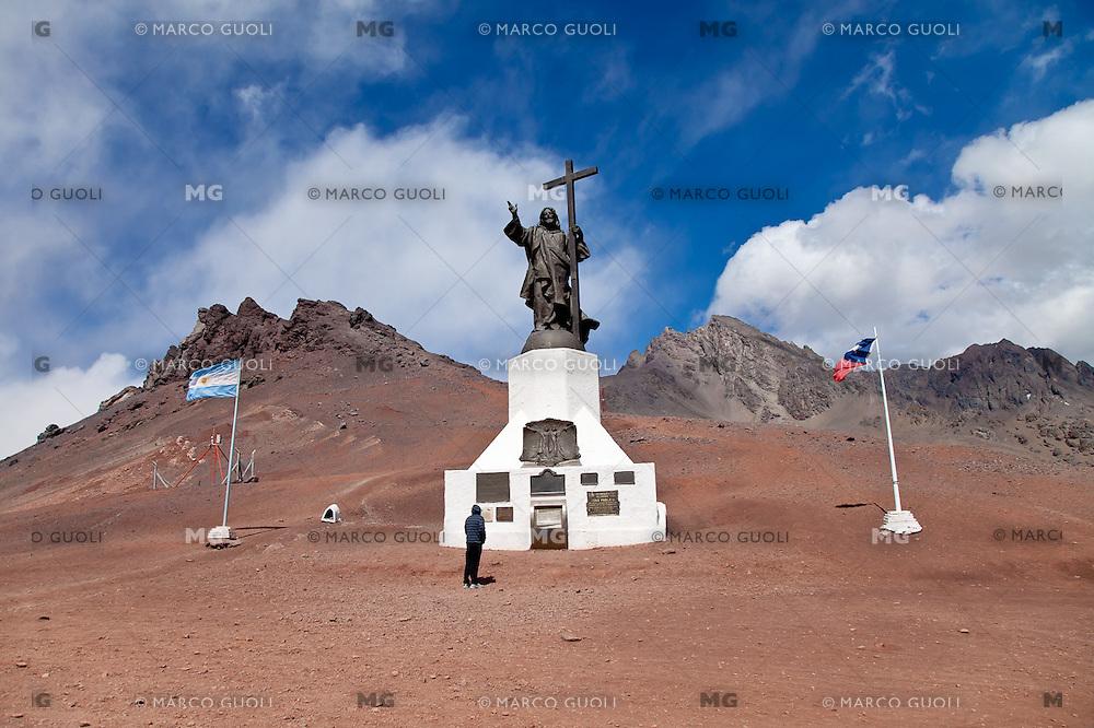 MONUMENTO AL CRISTO REDENTOR, PASO DE USPALLATA O DE LA CUMBRE (3.854  a.s.n.m.), LAS CUEVAS, PROVINCIA DE MENDOZA, ARGENTINA