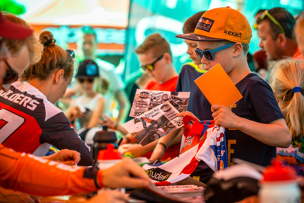 Kids getting autographs at Round 4 of the 2018 UCI BMX Superscross World Cup in Papendal, The Netherlands