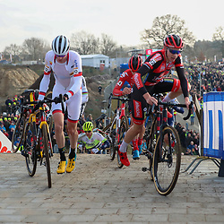 26-01-2020: Wielrennen: Wereldbeker Veldrijden: Hoogerheide<br />(12) Michael Vanthourenhout, (14) Gianni Vermeersch