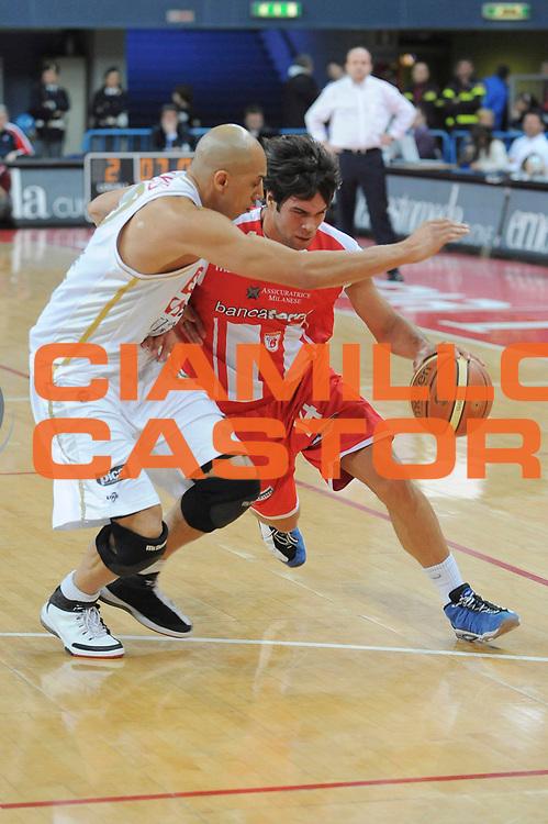 DESCRIZIONE : Pesaro Lega A 2008-09 Scavolini Spar Pesaro Bancatercas Teramo<br /> GIOCATORE : Bruno Cerella<br /> SQUADRA : Bancatercas Teramo<br /> EVENTO : Campionato Lega A 2008-2009<br /> GARA : Scavolini Spar Pesaro Bancatercas Teramo<br /> DATA : 22/03/2009<br /> CATEGORIA : Difesa<br /> SPORT : Pallacanestro<br /> AUTORE : Agenzia Ciamillo-Castoria/G. Ciamillo