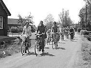 Fietstocht geörganiseerd door De Culturele Werkgroep Ammerstol, 1977