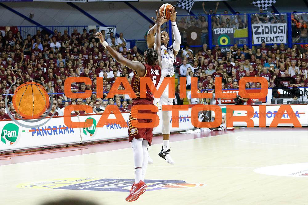 Dominique Sutton<br /> Umana Reyer Venezia - Dolomiti Energia Aquila Basket Trento<br /> Lega Basket Serie A 2016/17 Finali Gara 01<br /> Venezia, 10/06/2017<br /> Foto Ciamillo-Castoria / M. Brondi