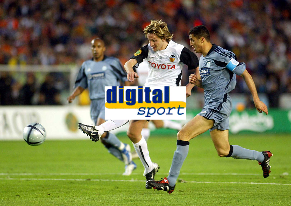 Fotball<br /> UEFA Cup Final<br /> 19.05.2004<br /> Foto: Scott Heavey, Digitalsport<br /> NORWAY ONLY<br /> <br /> Valencia v Olimpique Marseille<br /> <br /> Valencia's Mista fires in the second of the evening
