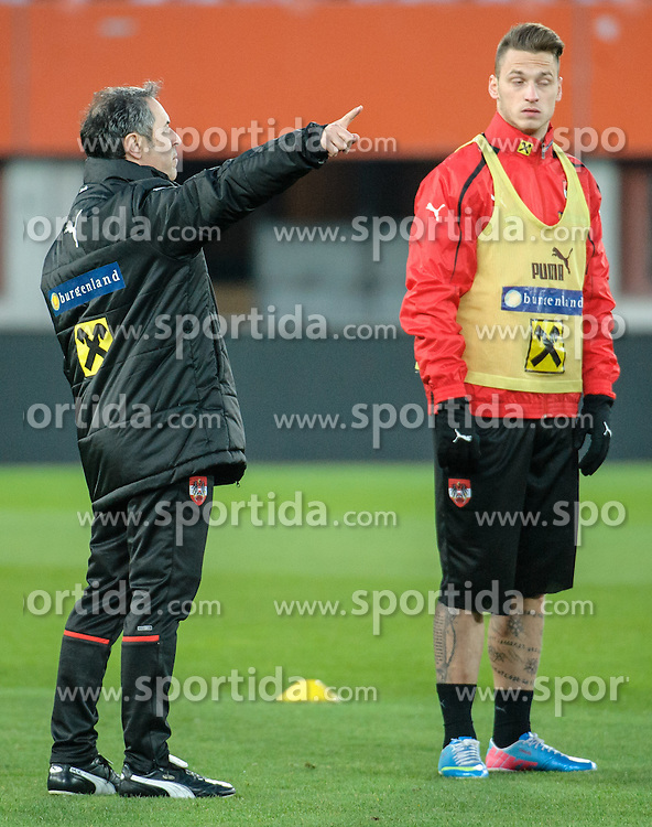 21.03.2013, Ernst Happel Stadion, Wien, AUT, FIFA WM Qualifikation, Oesterreich vs Faeroeer Inseln, Abschlusstraining Oesterreich, im Bild v.l.n.r. Marcel Koller (AUT, Trainer) und Marko Arnautovic (AUT) // during final training of Austria for the FIFA World Cup Qualifier Match between Austria (AUT) and Faroe Islands (FRO) at the Ernst Happel Stadion, Vienna, Austria on 2013/03/21. EXPA Pictures © 2013, PhotoCredit: EXPA/ Michael Gruber