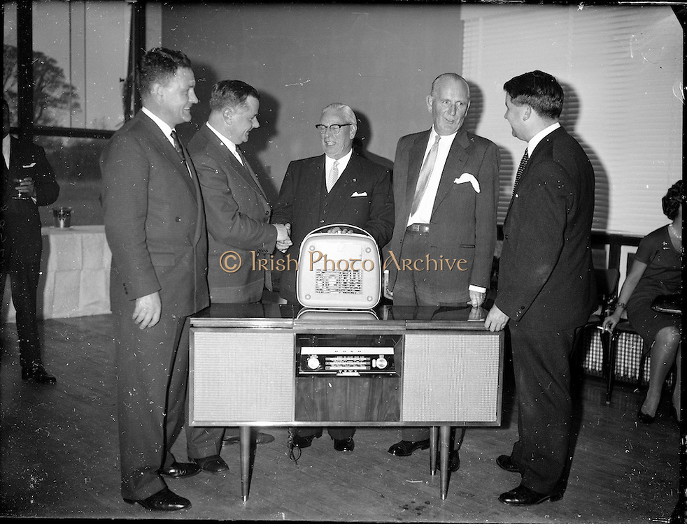 Esso Ltd., Esso Staff Presentation to Mr. Penny Fethen<br /> 05.10.1961