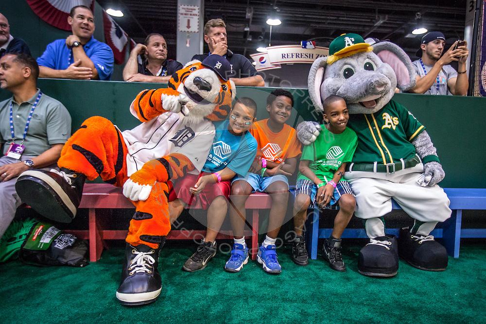 Major League Baseball Fan Fest during All Star weekend, Saturday, July 11, 2015 in Cincinnati, Ohio. (Photo by J.Geil / MLB Photos)