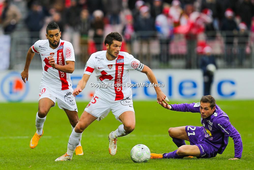 Johan RAMARE / Benoit LESOIMIER  - 20.12.2014 - Brest / Ajaccio - 18eme journee de Ligue 2 -<br /> Photo : Vincent Michel / Icon Sport