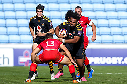 Sione Vailanu of Wasps takes on Charlie Watson of Saracens - Mandatory by-line: Robbie Stephenson/JMP - 21/09/2019 - RUGBY - Ricoh Arena - Coventry, England - Wasps v Saracens - Premiership Rugby Cup