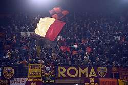 24.01.2018, Stadio Luigi Ferraris, Genua, ITA, Serie A, Sampdoria Genua vs AS Roma, 3. Runde, im Bild tifosi roma // supporter roma during the Italian Serie A 3th round match between Sampdoria Genua and AS Roma at the Stadio Luigi Ferraris in Genua, Italy on 2018/01/24. EXPA Pictures © 2018, PhotoCredit: EXPA/ laPresse/ Tano Pecoraro<br /> <br /> *****ATTENTION - for AUT, SUI, CRO, SLO only*****