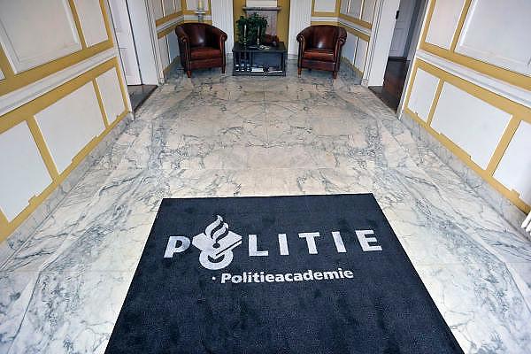 Nederland, Zutpen, 2-8-2011Entree van de politieacademie.Foto: Flip Franssen/Hollandse Hoogte