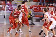 DESCRIZIONE : Roma Lega A 2012-13 Acea Roma Trenkwalder Reggio Emilia<br /> GIOCATORE : Taylor Donnel<br /> CATEGORIA : controcampo palleggio sequenza<br /> SQUADRA : Trenkwalder Reggio Emilia<br /> EVENTO : Campionato Lega A 2012-2013 <br /> GARA : Acea Roma Trenkwalder Reggio Emilia<br /> DATA : 14/10/2012<br /> SPORT : Pallacanestro <br /> AUTORE : Agenzia Ciamillo-Castoria/GiulioCiamillo<br /> Galleria : Lega Basket A 2012-2013  <br /> Fotonotizia : Roma Lega A 2012-13 Acea Roma Trenkwalder Reggio Emilia<br /> Predefinita :