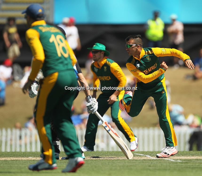 Jean-Paul Duminy of South Africa bowling during the ICC Cricket World Cup warm up game between New Zealand v South Africa at Hagley Oval, Christchurch. 11 February 2015 Photo: Joseph Johnson / www.photosport.co.nz
