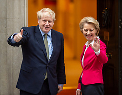 © Licensed to London News Pictures. 08/01/2020. London, UK. Michel Barnier arrives at Downing Street as Prime Minister Boris Johnson welcomes the President of the European Commission, Ursula von der Leyen, on the steps of NO10 Downing Street this afternoon as he insists the Brexit transition will not extended past December.. Photo credit: Alex Lentati/LNP
