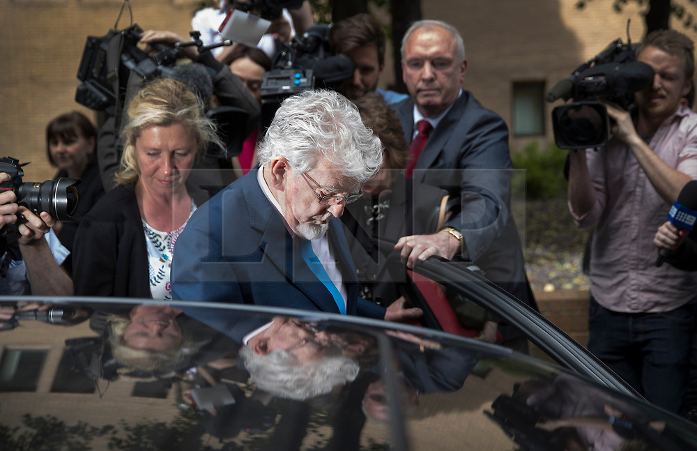 © Licensed to London News Pictures. 30/05/2017. London, UK. Entertainer ROLF HARRIS leaves Southwark Crown Court in London. Harris, who was jailed on twelve counts of indecent assault on four female victims in 2012, has now been released after the jury failed to reach a verdict. Photo credit: Peter Macdiarmid/LNP