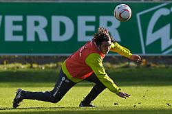 25.10.2010, Trainingsgelaende Werder Bremen, Bremen, GER, 1. FBL, Training Werder Bremen, im Bild Claudio Pizarro (Bremen #24)   EXPA Pictures © 2010, PhotoCredit: EXPA/ nph/  Frisch+++++ ATTENTION - OUT OF GER +++++