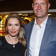 NLD/Utrecht\/20131027 -Premiere musical Sonneveld, Elle van Rijn en partner Nicola Villa