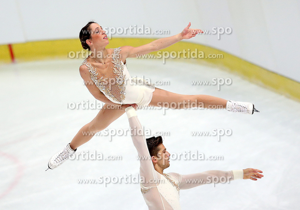 03.12.2015, Dom Sportova, Zagreb, CRO, ISU, Golden Spin of Zagreb, Kurzprogramm, Paare, im Bild Nicole Della Monica - Matteo Guarise, Italy // during the 48th Golden Spin of Zagreb 2015 Pairs Short Program of ISU at the Dom Sportova in Zagreb, Croatia on 2015/12/03. EXPA Pictures &copy; 2015, PhotoCredit: EXPA/ Pixsell/ Igor Kralj<br /> <br /> *****ATTENTION - for AUT, SLO, SUI, SWE, ITA, FRA only*****