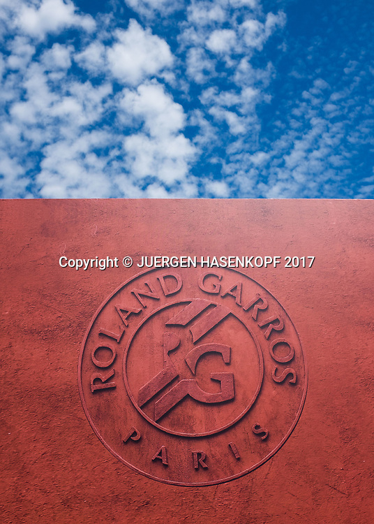 French Open 2017 Feature, Wand mit Roland Garros Logo und blauer Himmel mit weissen Wolken,<br /> <br /> Tennis - French Open 2017 - Grand Slam / ATP / WTA / ITF -  Roland Garros - Paris -  - France  - 11 June 2017.