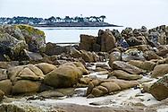 La pointe de Kerpenhir qui marque l'entrée du golfe du Morbihan, Bretagne, France.
