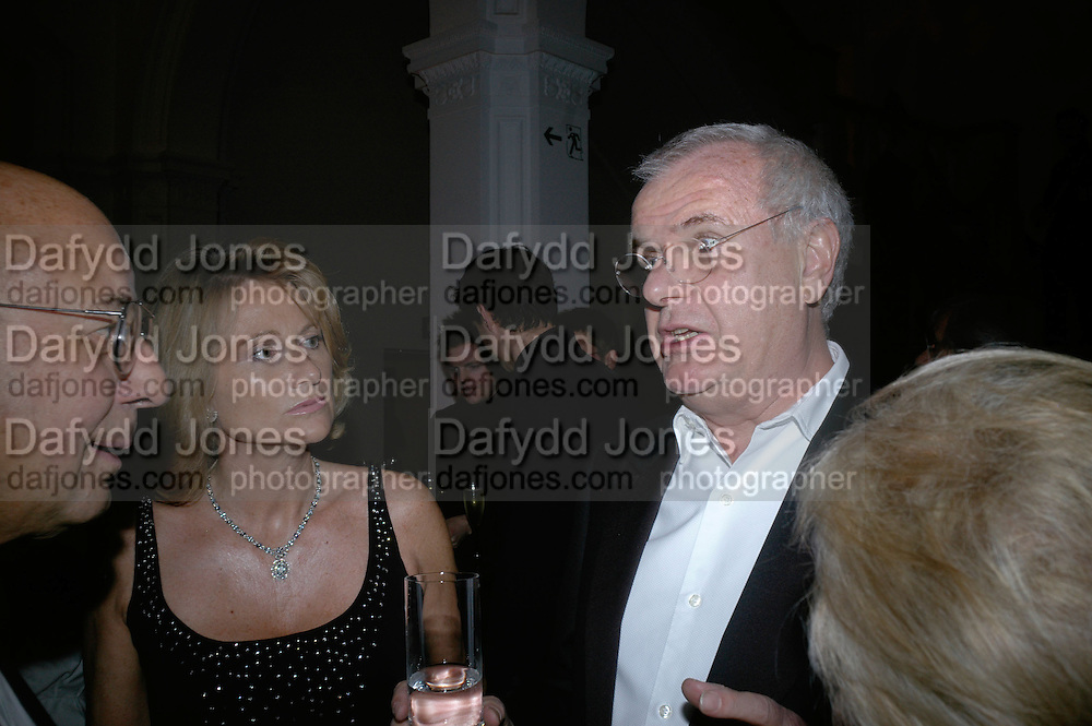 Alison and Paul Myners, The Royal Academy Schools dinner and auction. Royal Academy. London. 27 March 2007.  -DO NOT ARCHIVE-© Copyright Photograph by Dafydd Jones. 248 Clapham Rd. London SW9 0PZ. Tel 0207 820 0771. www.dafjones.com.