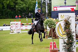"""DREHER Hans-Dieter (GER), Embassy II<br /> Hamburg - 90. Deutsches Spring- und Dressur Derby 2019<br /> Preis der """"Deutsche Vermögensberatung AG - DVAG""""<br /> GLOBAL CHAMPIONS LEAGUE <br /> CSI5* Springprüfung für Teams und Einzelreiter <br /> 1. Wertung für Global Champions League<br /> 30. Mai 2019<br /> © www.sportfotos-lafrentz.de/Stefan Lafrentz"""