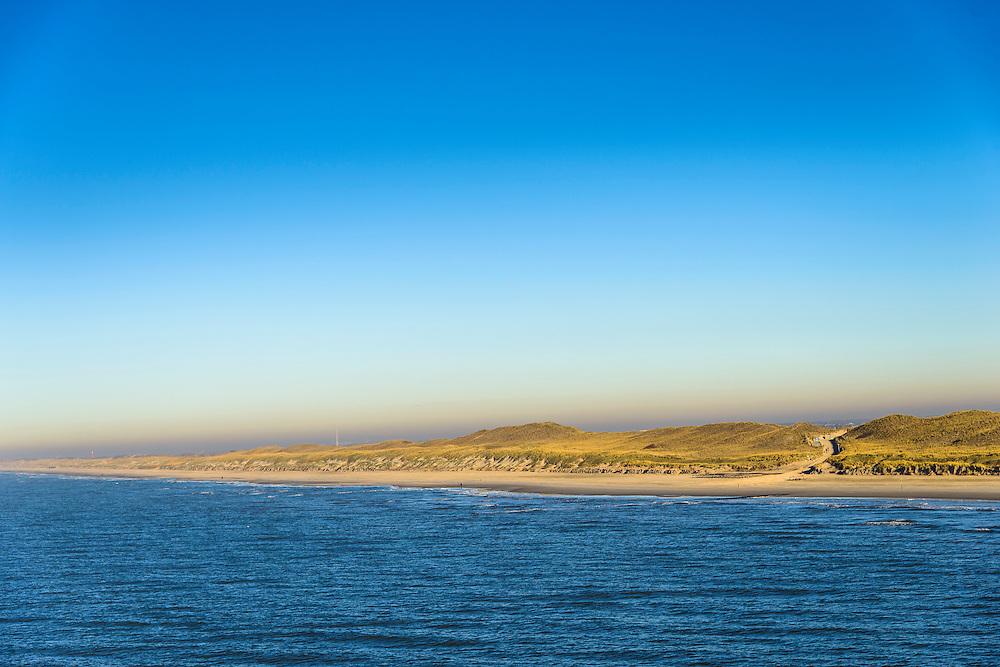 Nederland, Noord-Holland, Gemeente Schagen, 11-12-2013; de duinen bij het dorp Callantsoog gezien vanuit zee. De duinenrij is slechts een duin breed, de kust moet versterkt.<br /> The dunes near the village of Callantsoog seen from the sea. The coastal dunes count only one dune, strengthening of the dunens is needed.<br /> luchtfoto (toeslag op standard tarieven);<br /> aerial photo (additional fee required);<br /> copyright foto/photo Siebe Swart