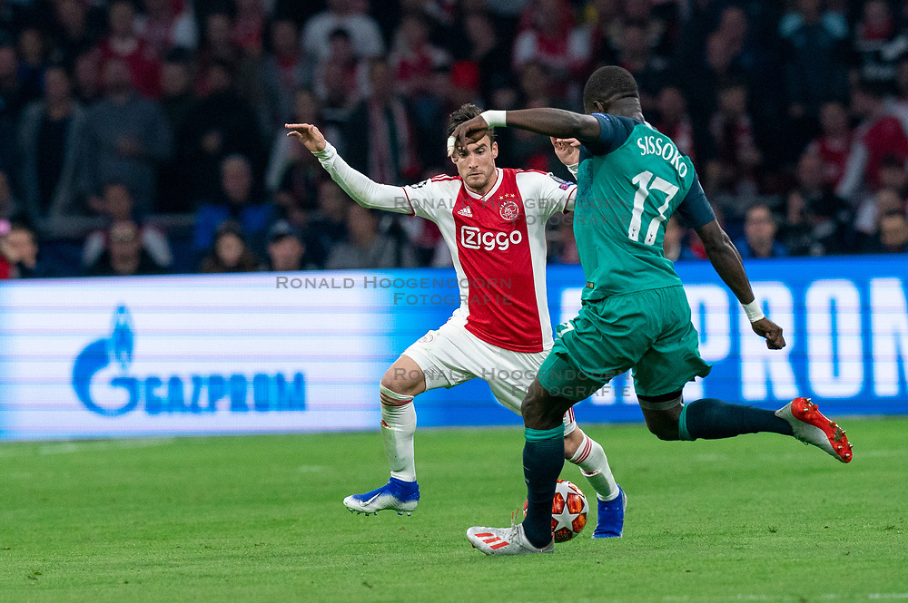 08-05-2019 NED: Semi Final Champions League AFC Ajax - Tottenham Hotspur, Amsterdam<br /> After a dramatic ending, Ajax has not been able to reach the final of the Champions League. In the final second Tottenham Hotspur scored 3-2 / Nicolas Tagliafico #31 of Ajax, Moussa Sissoko #17 of Tottenham Hotspur