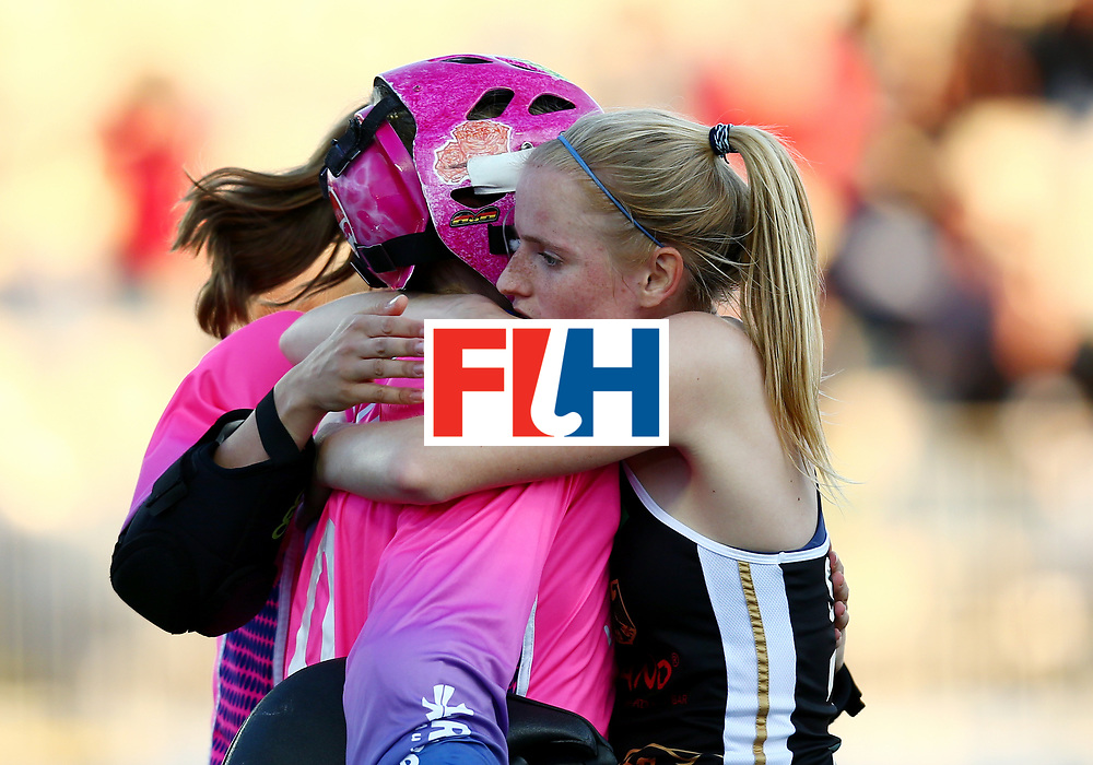 New Zealand, Auckland - 22/11/17  <br /> Sentinel Homes Women&rsquo;s Hockey World League Final<br /> Harbour Hockey Stadium<br /> Copyrigth: Worldsportpics, Rodrigo Jaramillo<br /> Match ID: 10303 - GER vs KOR<br /> Photo: (14) M&Uuml;LLER-WIELAND Janne (C) and (20) CIUPKA Julia (GK)