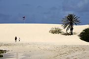 The beach of Chave. La plage de Chave.