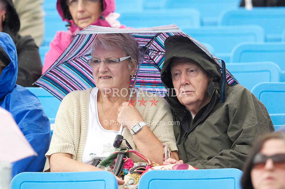 LIVERPOOL, ENGLAND - Thursday, June 16, 2011: Spectators during day one of the Liverpool International Tennis Tournament at Calderstones Park. (Pic by David Rawcliffe/Propaganda)