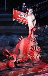 13.05.2010, Neptun Statue, ESP, UEFA Europa League Sieger Atletico Madrid Empfang im Bild die Fans und die Mannschaft von Atletico Madrid feiern den Europa League Sieg, Captain Antonio Lopez legt der Neptun Statue einen Atletico Schal um, EXPA Pictures © 2010, PhotoCredit: EXPA/ Alterphotos/ Julian Bird / SPORTIDA PHOTO AGENCY