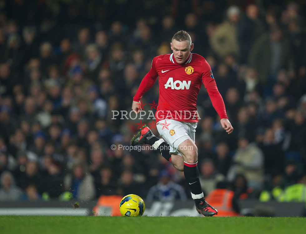 LONDON, ENGLAND - Sunday, February 5, 2012: Manchester United's Wayne Rooney in action against Chelsea during the Premiership match at Stamford Bridge. (Pic by David Rawcliffe/Propaganda)