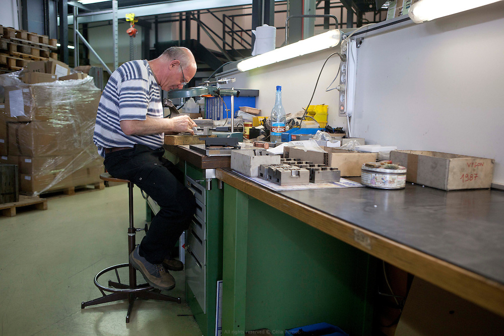 MICROPLAST est spécialisé dans la réalisation de pièces par injection plastique (conception, moulage et assemblage). Perigny sur Yerres.