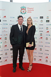 LIVERPOOL, ENGLAND - Thursday, May 12, 2016: Liverpool's Robbie Fowler and wife Kerrie arrive on the red carpet for the Liverpool FC Players' Awards Dinner 2016 at the Liverpool Arena. (Pic by David Rawcliffe/Propaganda)