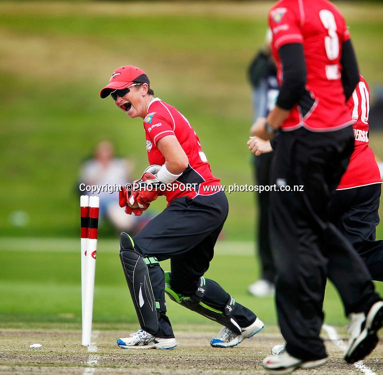 Canterbury wicket keeper Mandie Godliman runs Sian Ruck out. Canterbury Magicians v Wellington Blaze in the Action Cricket Cup Final. Women's Cricket. QEII Park, Christchurch, New Zealand. Sunday, 30 January 2011. Joseph Johnson / PHOTOSPORT.