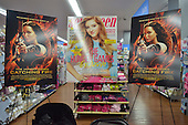 Willow Shields Magazine Signing - Vienna, Va