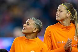 05-04-2019 NED: Netherlands - Mexico, Arnhem<br /> Friendly match in GelreDome Arnhem. Netherlands win 2-0 / Shanice van de Sanden #7 of The Netherlands, Anouk Dekker #6 of The Netherlands