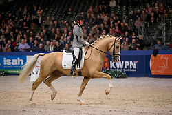 Van De Ploeg Danielle, (NED), Edmundo<br /> Finale Gelders Paard<br /> KWPN Hengstenkeuring - 's Hertogenbosch 2016<br /> © Hippo Foto - Dirk Caremans<br /> 06/02/16