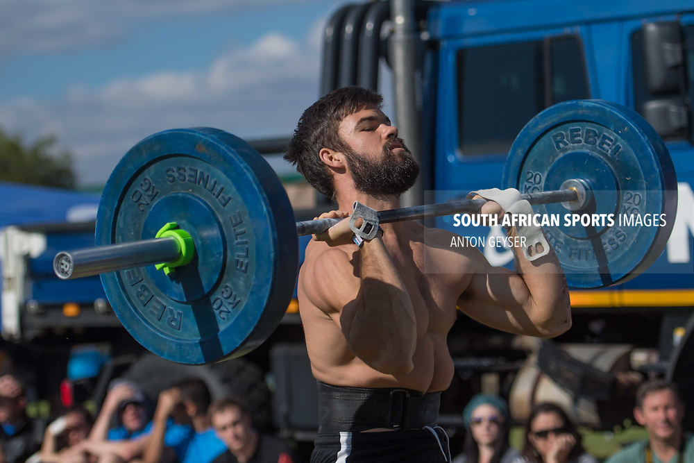 PRETORIA, SOUTH AFRICA - APRIL 29:  During the men's WOD 4 at the Pretoria Throw Down in Waterkloof High School on April 29, 2017 in Pretoria, South Africa. (Photo by Anton Geyser/Gallo Images)