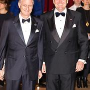 NLD/Amsterdam/20161129 - Staatsbezoek dag 2, contraprestatie Belgische koningspaar, Koning Filip en Koning Willem Alexander