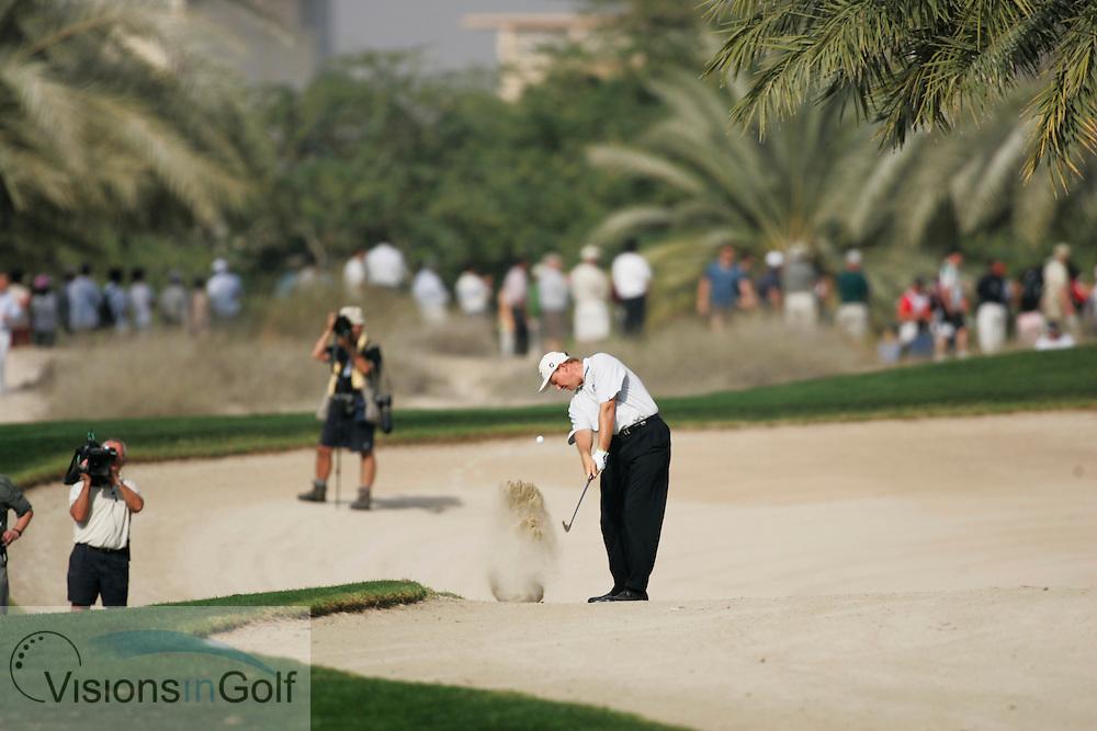 Ernie Els in the scrub on the 14th, Dubai Desert Classic, Emirates GC, UAE. 5th February 2006, day 4.<br /> Mandatory Photo Credit: Mark Newcombe / visionsingolf.com