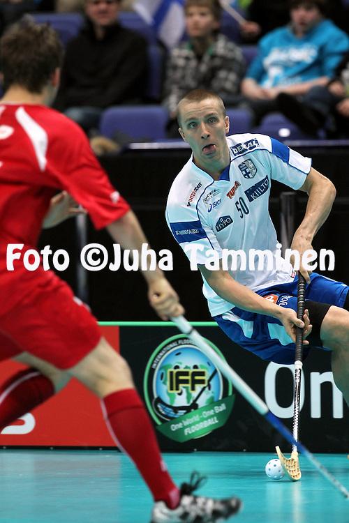 World Floorball Championship 2010 - Finland / Salibandyn MM-kisat 2010..05.12.2010, Hartwall Areena, Helsinki..Group A, Finland v Canada / A-lohko, Suomi - Kanada..Tero Tiitu - Finland.©Juha Tamminen