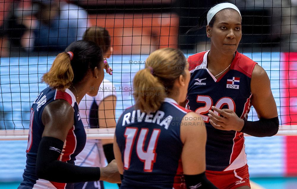 17-05-2016 JAP: OKT Dominicaanse Republiek - Italie, Tokio<br /> Italië verslaat Dominicaanse Republiek  met 3-0 / Brayelin Elizabeth Martinez #20