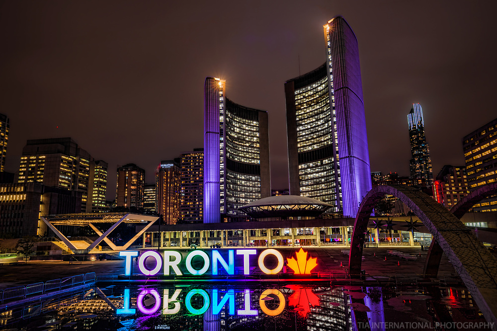 City Hall, Nathan Phillips Square