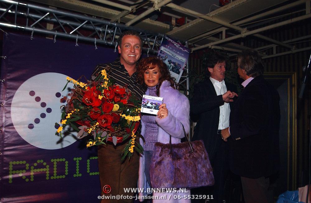 CD uitreiking Gordon & Replay, met Conny Breukhoven, Vanessa
